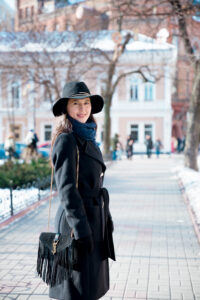 kiev-private-tours-guide-female