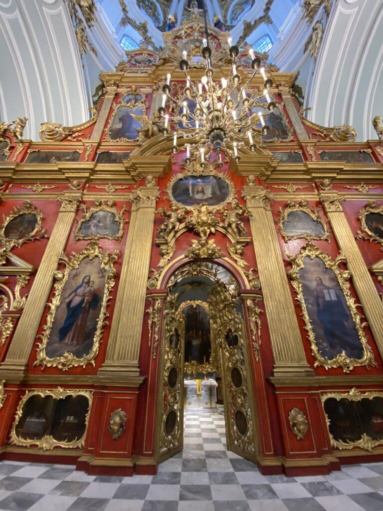 iconostasis-orthodox-church-kiev